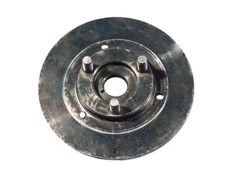 Motor na kolo - unašeč spojky