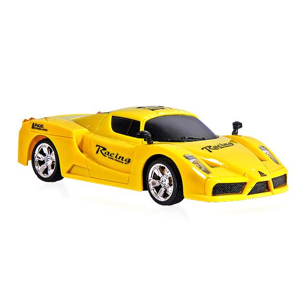 Sportovní auto-New Wave, žlutá