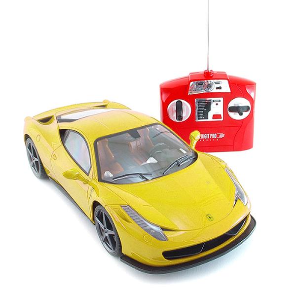 Ferrari 458, žlutá