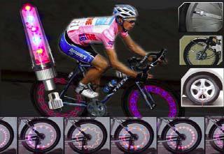 Cyklo lampička LCD400 na motokolo